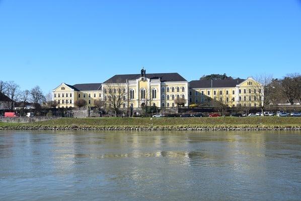 arosa Flusskreuzfahrt Donau Fluss Kloster Ybbs Österreich