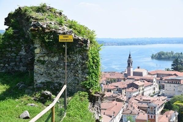Rocca Di Arona Lago Maggiore Sehenswürdigkeiten Italien