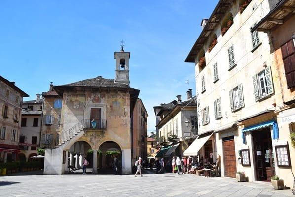Orta San Giulio Altstadt Piazza Motta Lago D'Orta Ortasee Piemont Italien