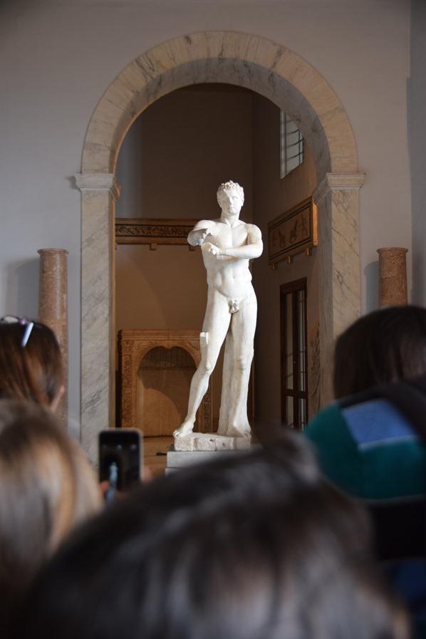 Vatikan Vatikanische Museen Rom Galleria delle Statue Jüngling Italien