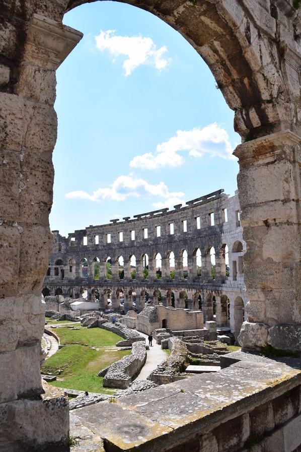 18_Bogen-Amphitheater-Pula-Arena-Istrien-Kroatien
