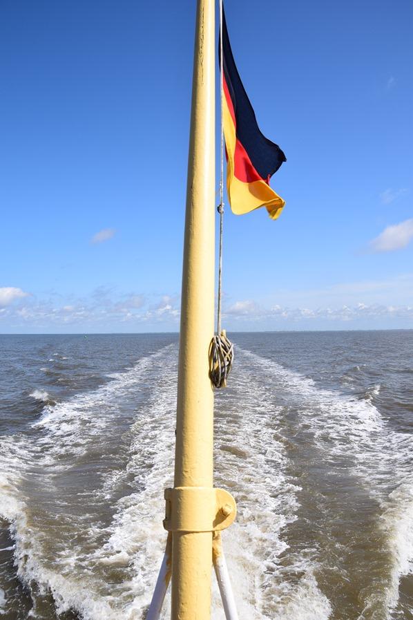 Schleswig Holstein Kielwasser Ausflugsboot Seehundsbank Büsum Dithmarschen Nordsee Urlaub