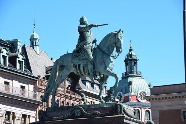 Stockholm Sehenswürdigkeiten Gustav Adolf II Reiterstandbild Statue Schweden Ostsee Kreuzfahrt