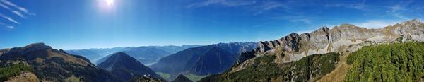 Rofan Achensee wandern Alpenpanorama Aussichtsplattform Adlerhorst Gschöllkopf Tirol Österreich