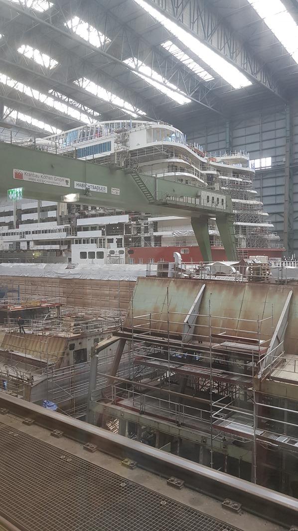 13_Kreuzfahrtschiff-AIDAnova-Heck-Meyer-Werft-Papenburg-Besucherlounge