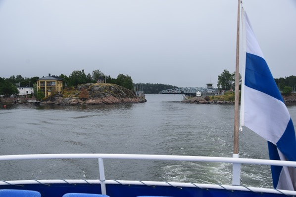 Bootstour Schwenkbrücke Insel Seurasaari Helsinki Sehenswürdigkeiten Finnland Minikreuzfahrt Ostsee Baltikum