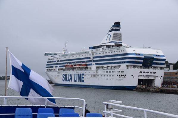 Bootstour Luxus-Fähre Silja Symphony Hafen Helsinki Sehenswürdigkeiten Finnland Minikreuzfahrt Ostsee Baltikum