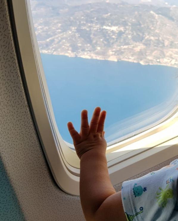 02_TUIfly-Flugzeug-Fliegen-mit-Kleinkind