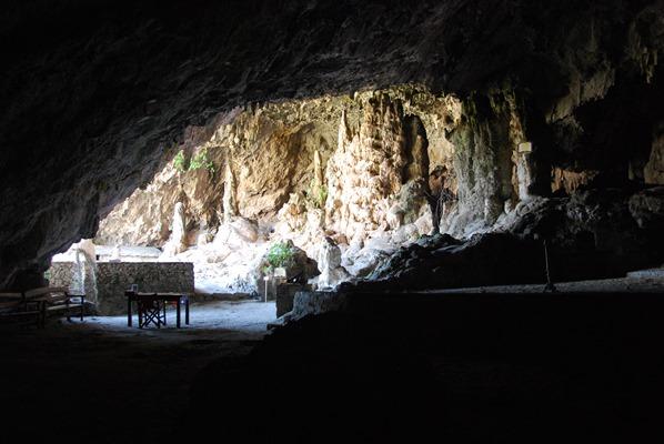 Heilige Hoehle Agia Sofia Kreta Chania Griechenland