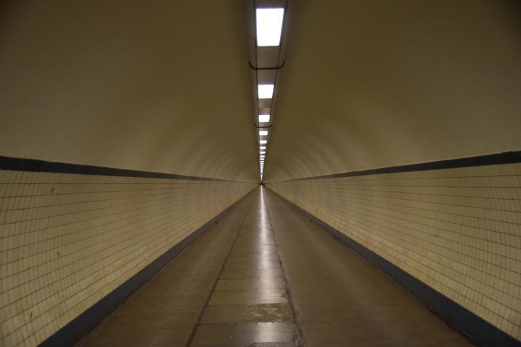 19 fussgaengertunnel sint annatunnel schelde antwerpen belgien a rosa flusskreuzfahrt rhein