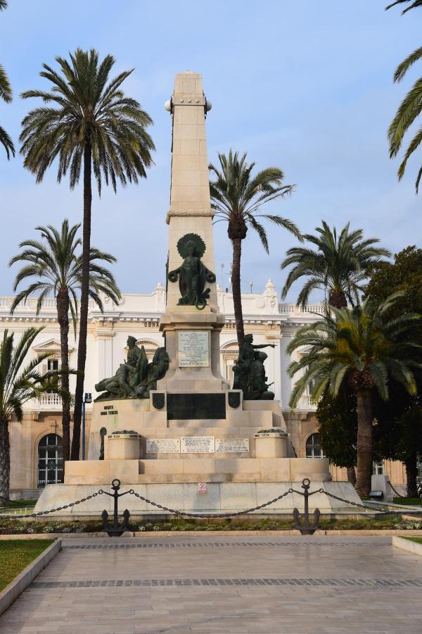 heldendenkmal cartagena murcia spanien aida familien kreuzfahrt