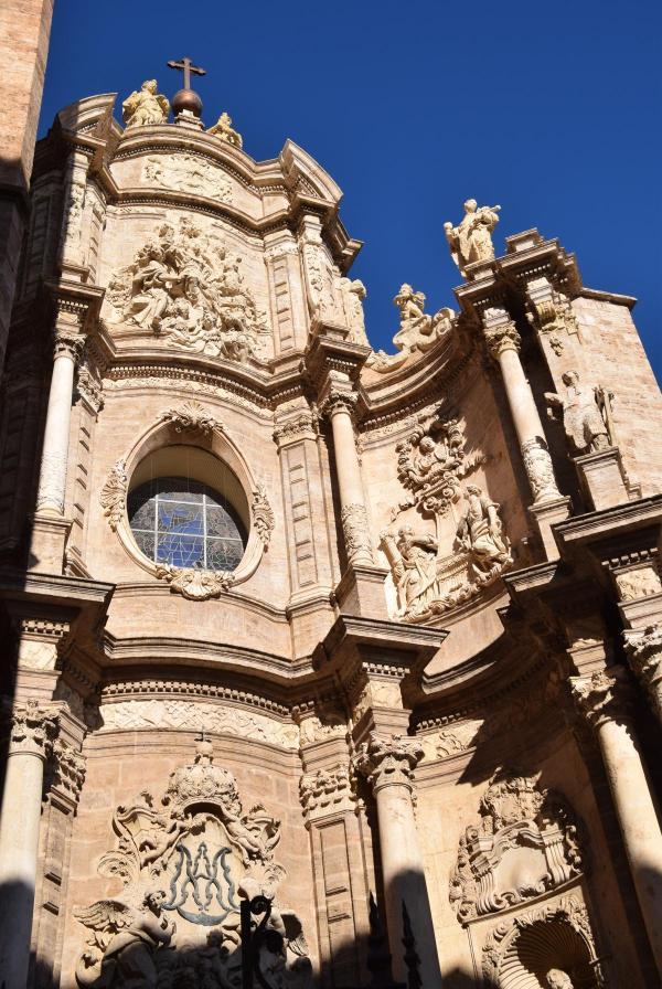 kathedrale la seu de valencia placa de la reina spanien aida familien kreuzfahrt