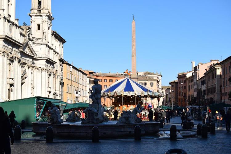 weihnachtsmarkt piazza navona rom italien