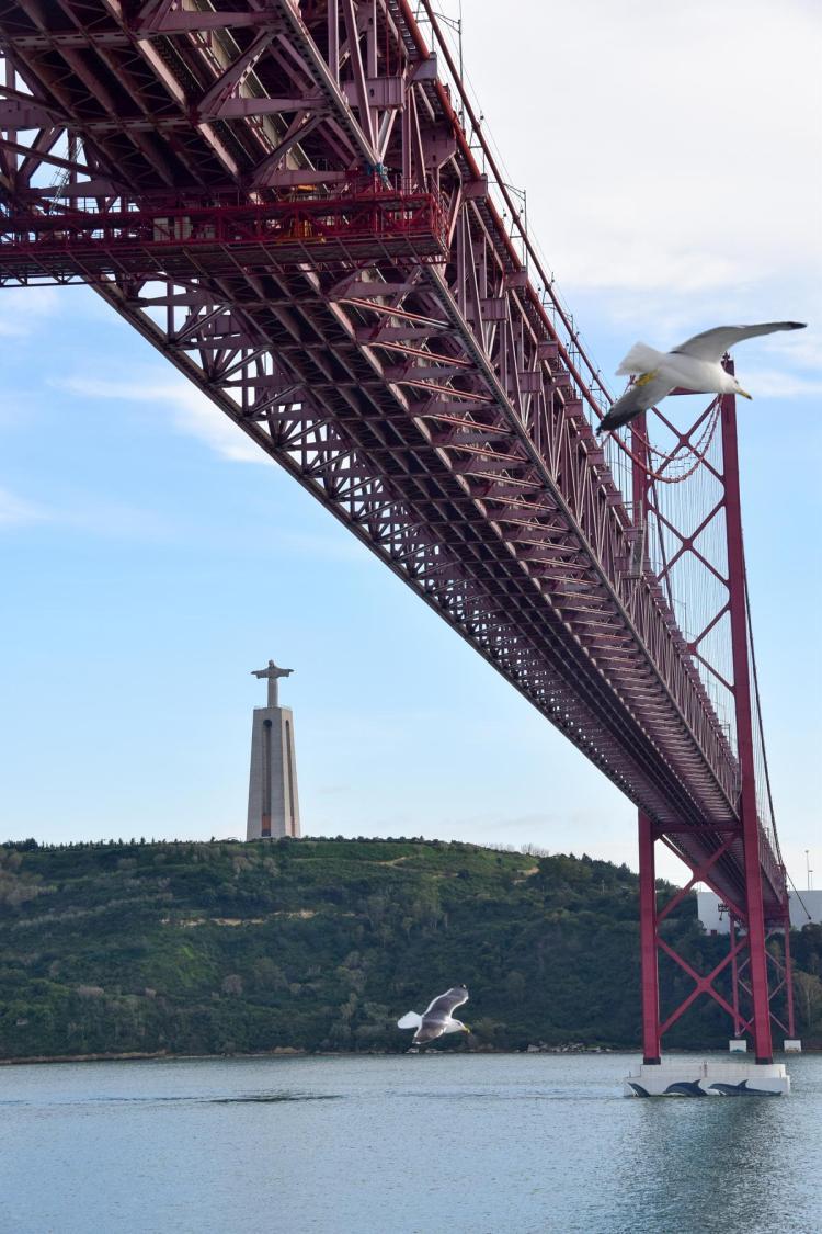 Städtetrip Lissabon Sehenswürdigkeiten Hängebrücke Ponte 25 de Abril Portugal