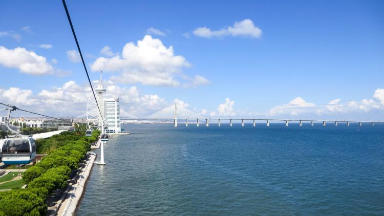 Städtereise Lissabon Sehenswürdigkeiten Seilbahn Teleférico do Parque das Nações Torre Vasco da Gama Ponte Vasco da Gama Portugal