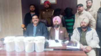 Photo of CI nabs two drug smugglers with Rs.20 crore heroin