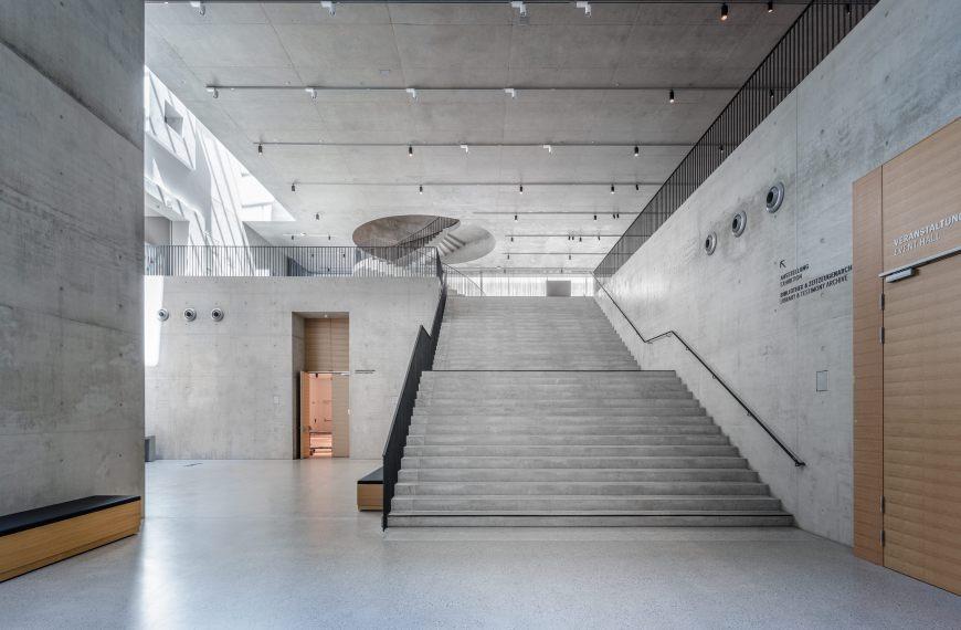 Ausstellungsbericht: Eröffnung des Dokumentationszentrums Flucht, Vertreibung, Versöhnung