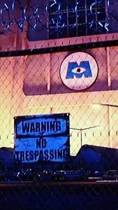 No trespassing (English)