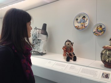 Rae'ut Stern at Nelson Atkins Museum, looking at Rockwell Kent in the contemporary ceramics collection. In Kansas City, MO for the opening of Ceramic Top 40 at Red Star studios
