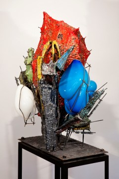 "Raymon Elozua, ""R&D VI RE-12-alter-1"" 2014, ceramic, glaze, steel, glass, 32 x 25 x 43"""