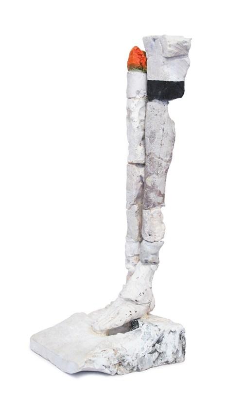 """Stephen DeStaebler, """"Red Knee"""" 1997, 26.25 x 9.25 x 10.25"""". Courtesy Jeffrey Spahn Gallery."""