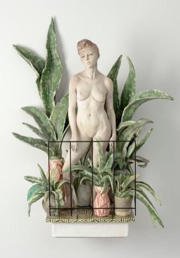 """Cristina Córdova, """"Del balcón II"""" 2018, ceramic and steel, 32 x 20.5 x 13"""""""