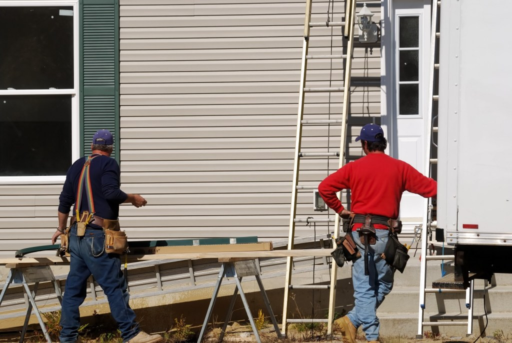 4 Reasons For a Total Siding Replacement