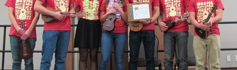 Crowd Favorite Award to Ukulele Club. Courtesy of Ferris Honors