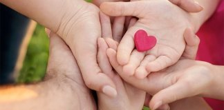 IVF Families hand in hand