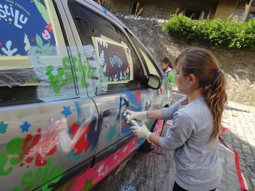 Graffiti sur voiture
