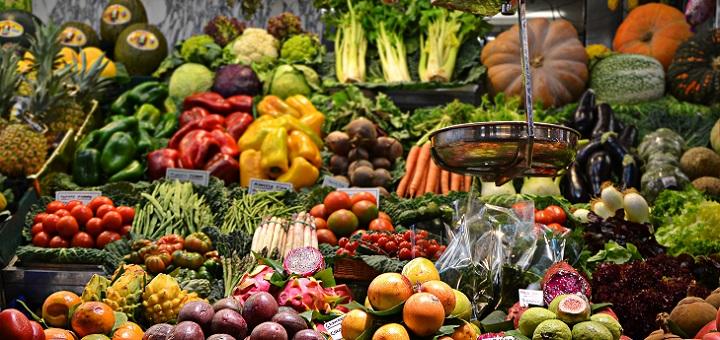 Scopriamo l'industria alimentare che divora il pianeta, e sosteniamo chi lo salva
