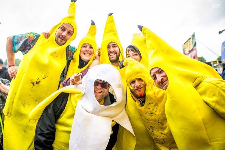 Who said bananas can't be fun?! Last call to all of the beautifully creative Ede...