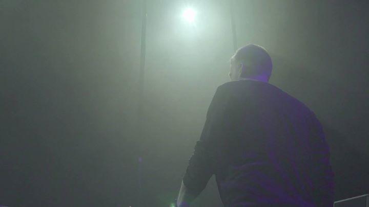Ruben De Ronde showing how its done! Creamfields  #SteelYard