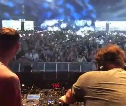Patrick Topping & Eats Everything teaming up for a fat mash up of Get Get Down. ...