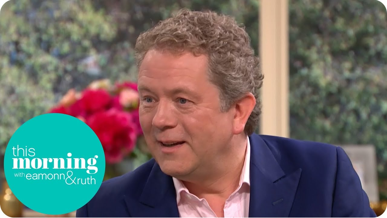Impressionist Jon Culshaw Orders Pizza as Other Celebrities! | This Morning