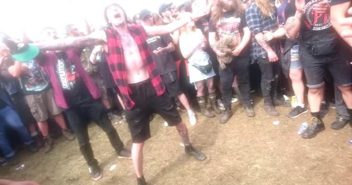 FESTIVAL HIGHLIGHTS: [MOSHVID] Asking Alexandria LIVE at Download Festival 2018 HIGHLIGHTS