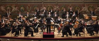 4. Orquesta del Festival de Dresden, Alemania - Director: Josep Caballé-Domenech, España – Sociedad Coral Santa Cecilia. Colombia - Coro Facultad de Artes Universidad Javeriana