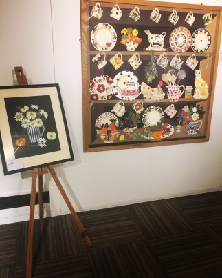 dresser-and-flower-paper-cut-work