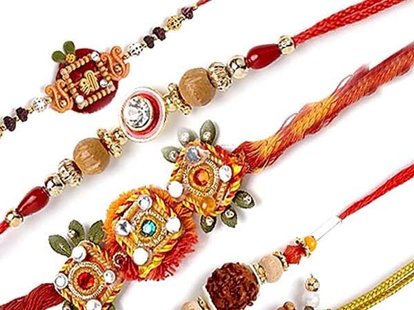 https://i0.wp.com/festivals.iloveindia.com/rakhi/pics/types-of-rakhi.jpg