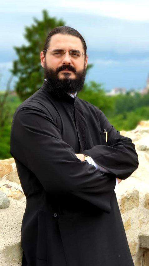 Preot Profesor Dr. Dumitru Codruț Scurtu