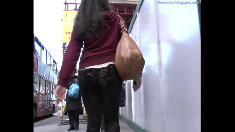 Incredible See Thru Lace Leggings On The Street