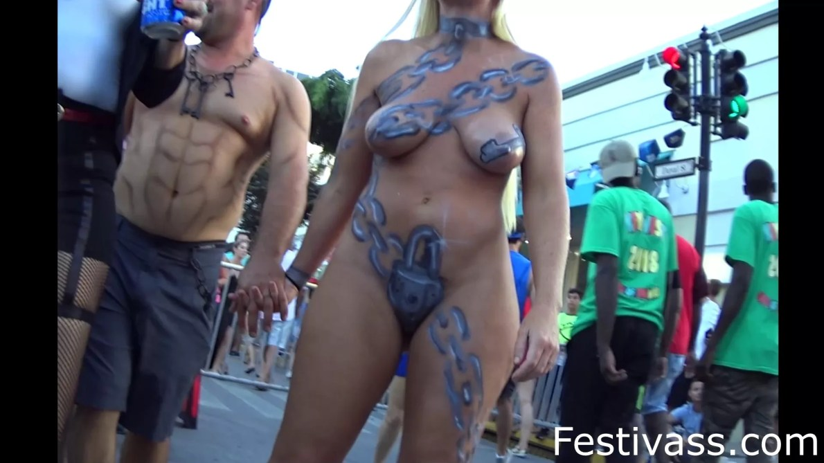 Hot Bodypaint