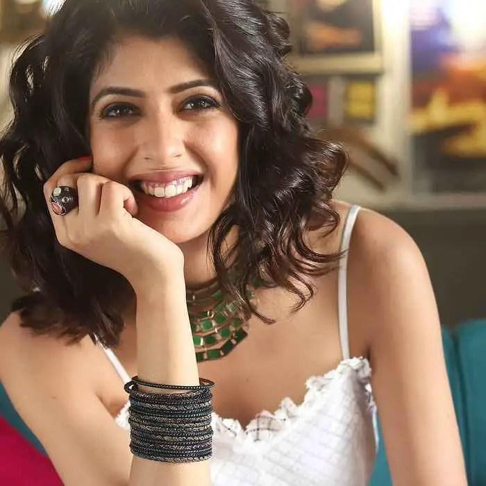Aishwarya Sakhuja Nag HD Image  download