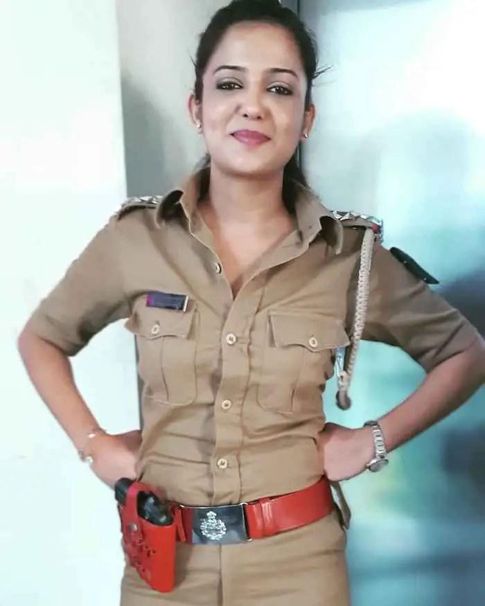 Gulki Joshi HD Picture
