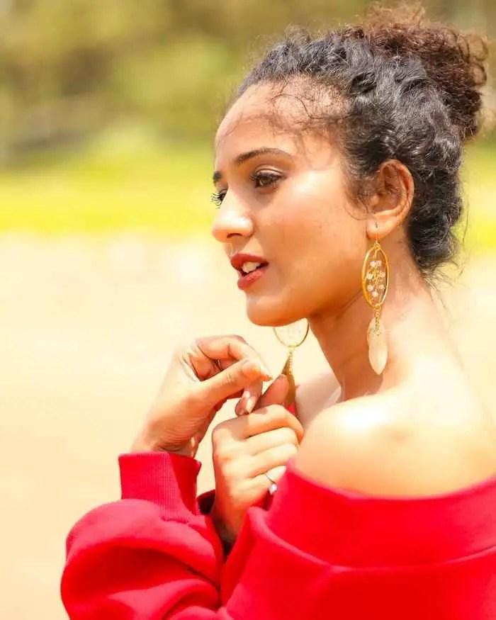 Heena Parmar Picture