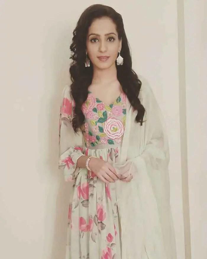 Nikita Tiwari HD Picture