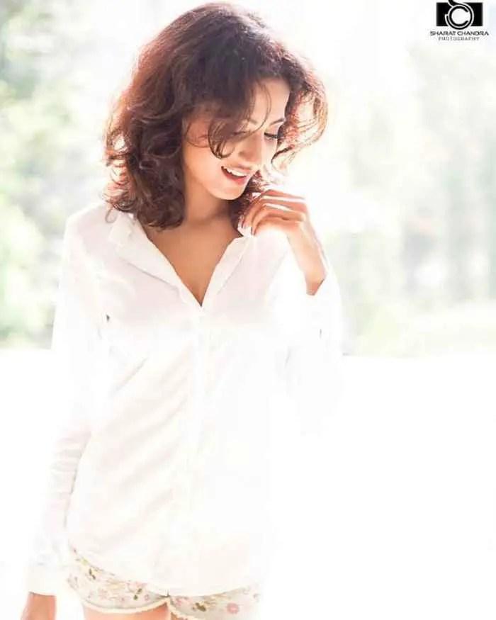 Nikita Tiwari Pic Download