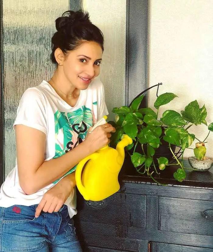 Rishina Vishal Kandhari HD Picture