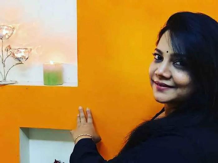 Sonali Pandit Naik HD Image  download