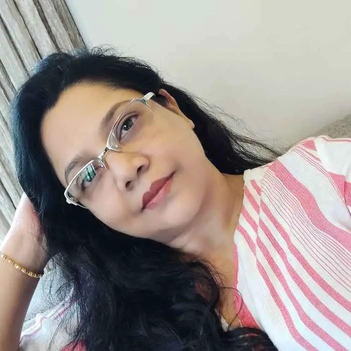 Sonali Pandit Naik Pic Download